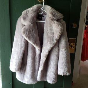 Faux fur light gray silver large lapels jacket